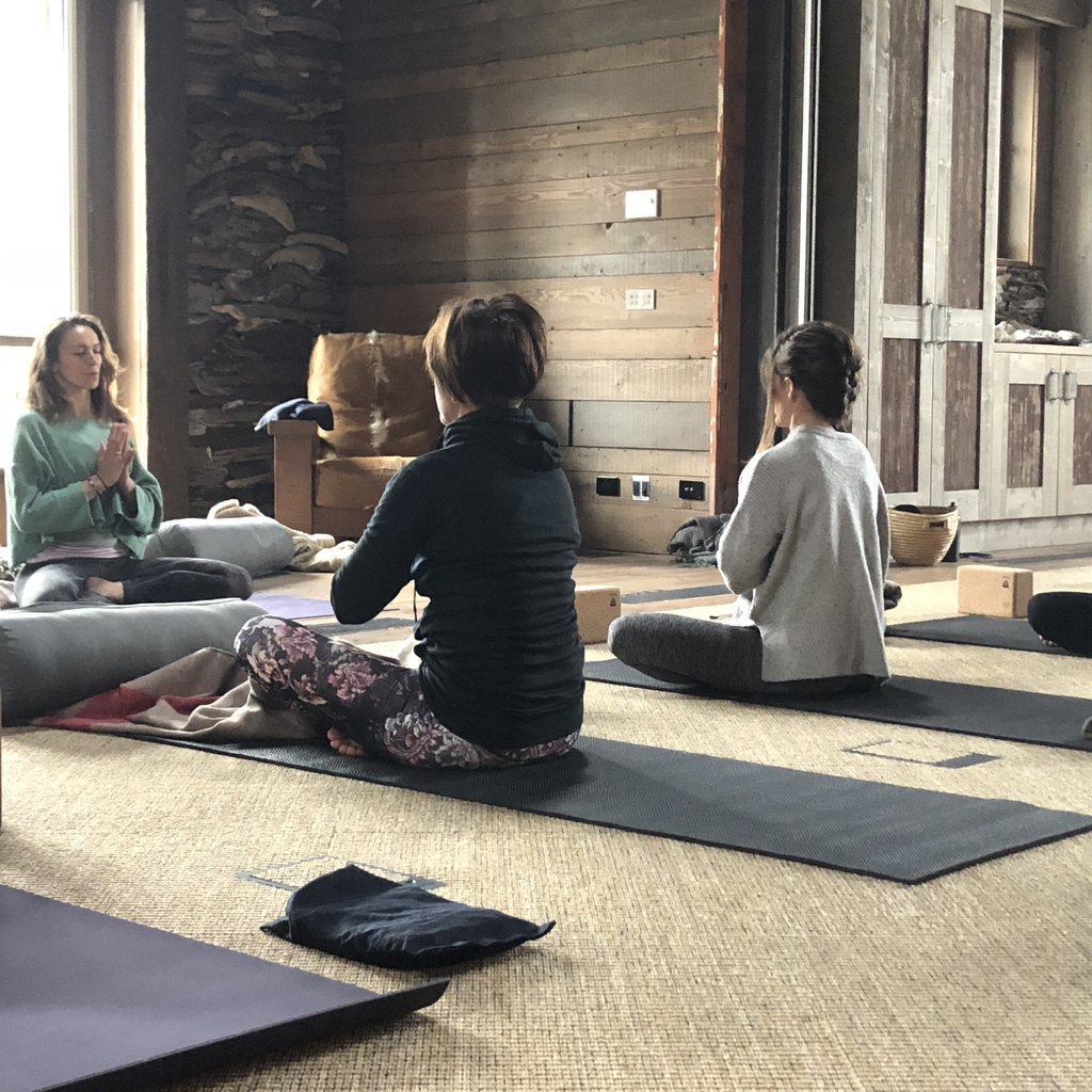 Sarsha Hope teaching Yoga and finding calm on retreat in New Zealand